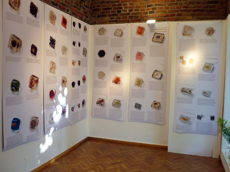 Ausstellung Schmuck grassgrün 10 Jahre